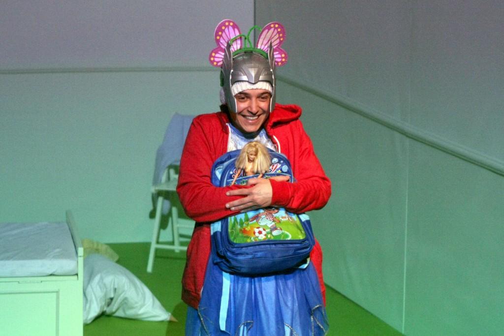 PALERMO 12.05.2014 - STAGIONE PROSA TEATRO BIONDO: FA'AFAFINE DI GIULIANO SCARPINATO AL NUOVO TEATRO MONTEVERGINI. © FRANCO LANNINO/STUDIO CAMERA