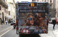 Bacio pedofilo sugli autobus di Roma ?